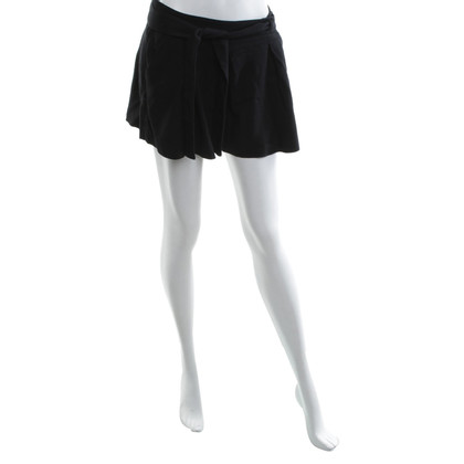 French Connection Shorts in black