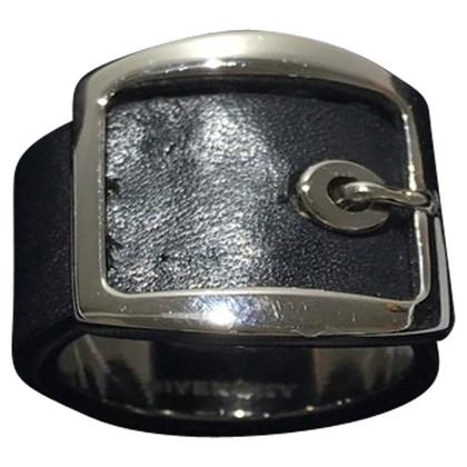 Givenchy Ring