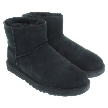 UGG Australia Ugg boots in black