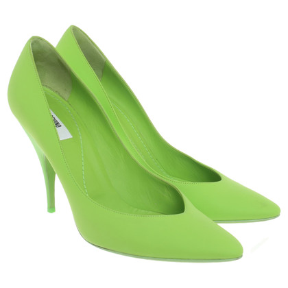Moschino pumps in verde