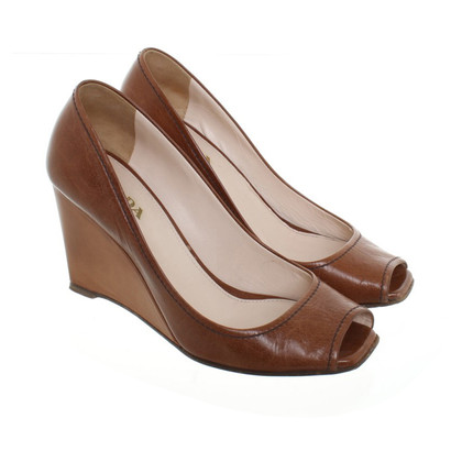 Prada Peeptoes a Brown