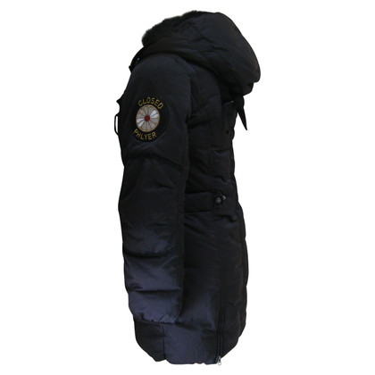 Closed Daunenparka