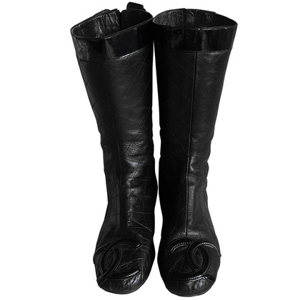 Chanel CAMBON boots with CC logo in patent leather