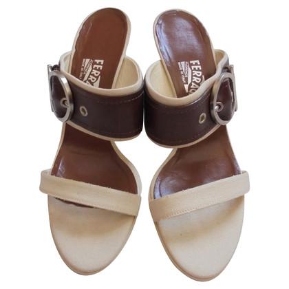 Salvatore Ferragamo Zweifarbige Sandaletten