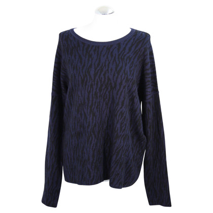 Hobbs Sweater with pattern