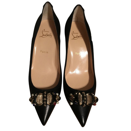 Christian Louboutin pumps met decoratieve passementen
