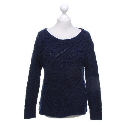 Ralph Lauren Black Label Sweater with knit pattern