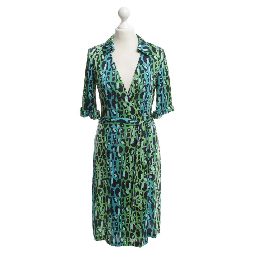 diane von furstenberg robe portefeuille multicolore acheter diane von furstenberg robe. Black Bedroom Furniture Sets. Home Design Ideas