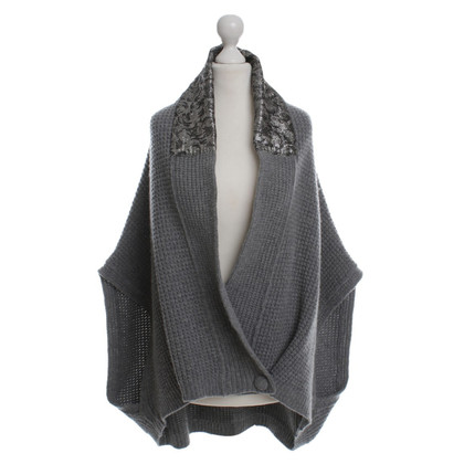 Ferre Wool knit Poncho in grey