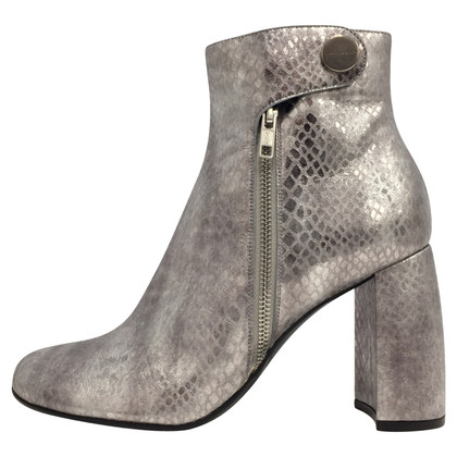 Stella McCartney Silver ankle boots 39