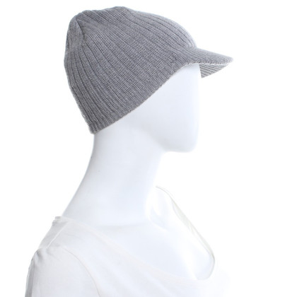 Moncler Knitted hat in grey