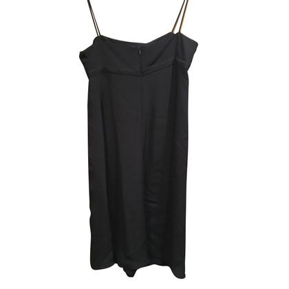 Armani Collezioni Strap vestito in nero