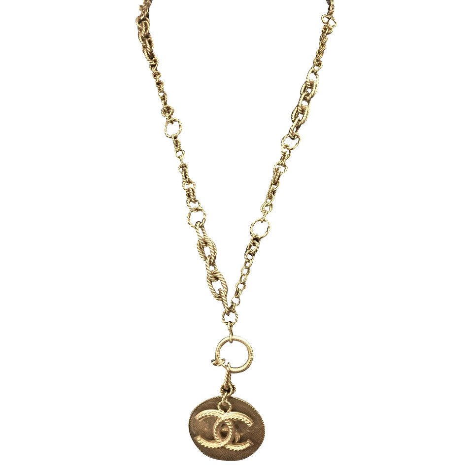 chanel necklace. chanel necklace