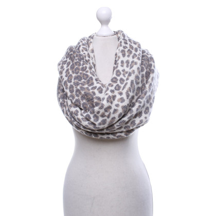 Skull Cashmere Loop scarf in animal design