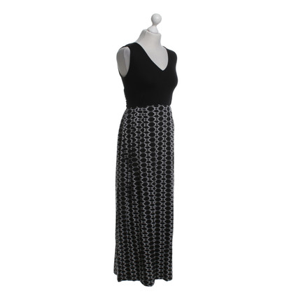 Hobbs Maxi dress in black and white
