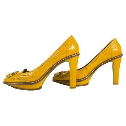 Céline pumps in giallo senape