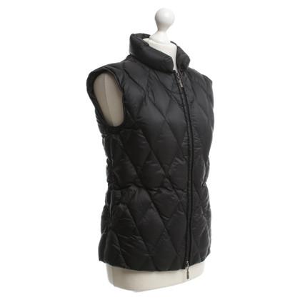Moncler Vest in black