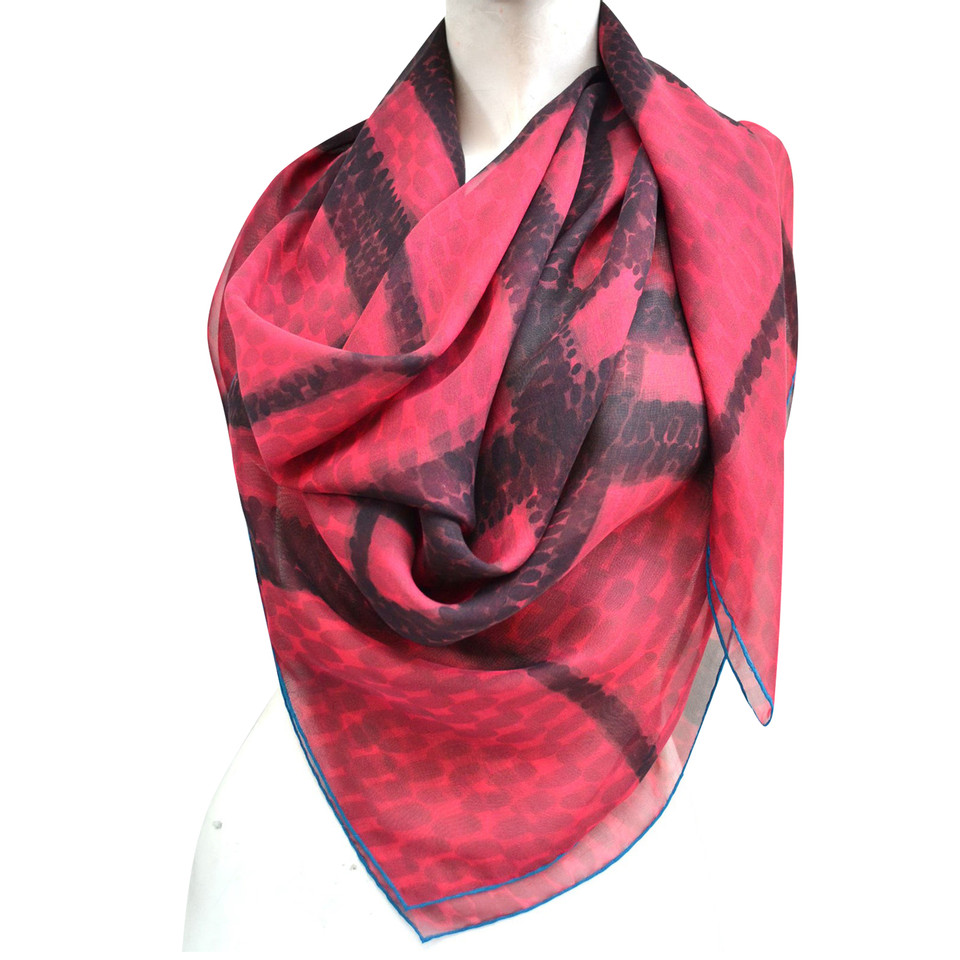 Burberry Silk scarf with pattern