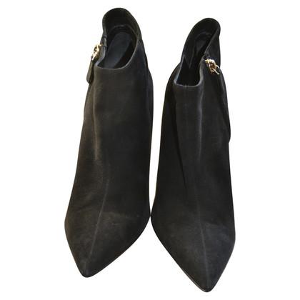 Gucci Stiefel aus Wildleder