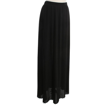 Blumarine Pleated skirt in black
