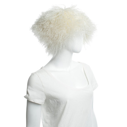 Escada Fur hat in white
