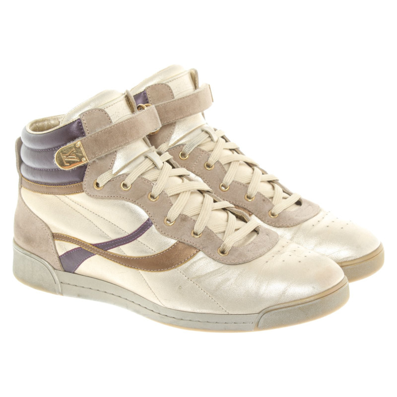 Louis Vuitton Trainers Leather in Gold