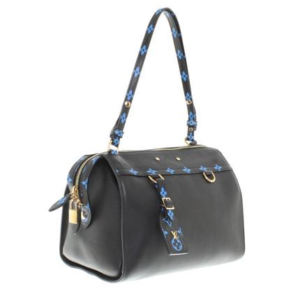Louis Vuitton Handbag in black