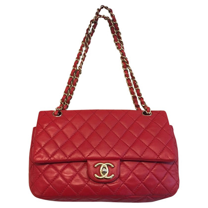 "Chanel ""Classic Double Flap Bag"" en rouge"