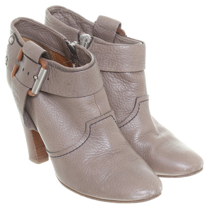 Chloé Stiefelette in Taupe