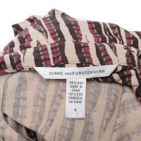 Diane von Furstenberg robe Stripe