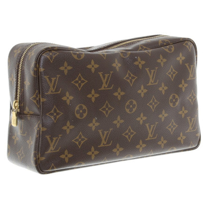 Louis Vuitton Make-up bag from Monogram Canvas