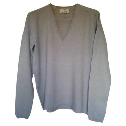 Allude Cashmere sweaters