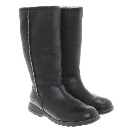 UGG Australia Lined Leather Boots