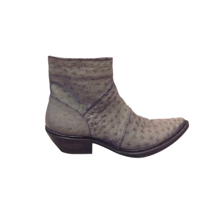 Gianni Barbato Grey ankle boots of ostrich leather