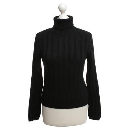 Hugo Boss maglione di lana in nero