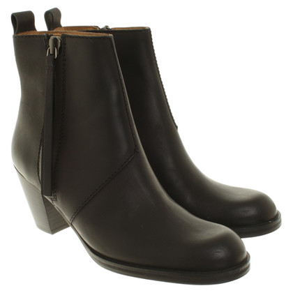 Acne Ankle Boots in Schwarz