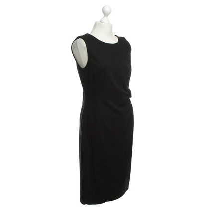 Armani Collezioni Sheath dress in black