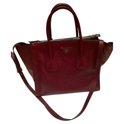 prada bags second hand prada bags online store prada bags outlet sale uk. Black Bedroom Furniture Sets. Home Design Ideas
