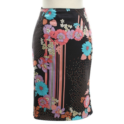 Karen Millen skirt with a floral pattern