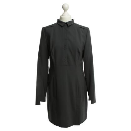 Hugo Boss grijze jurk met polo kraag, 40