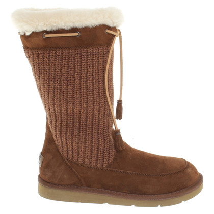 UGG Australia Boots in brown