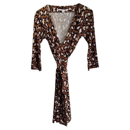 Diane von Furstenberg Vestito a portafoglio stampa leopardo
