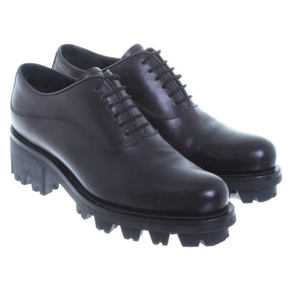 Prada Schnürrschuhe with a distinctive outsole