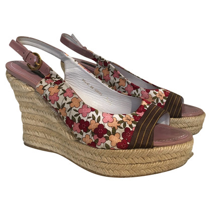 Gucci Wedges with floral pattern