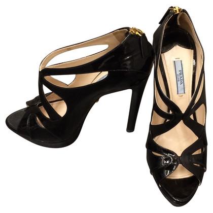 Prada Schwarze Lackleder-Sandale