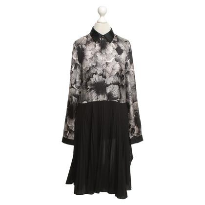 Stefanel Kleid mit floralem Muster