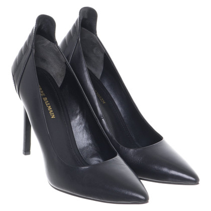 Pierre Balmain pumps made of leather