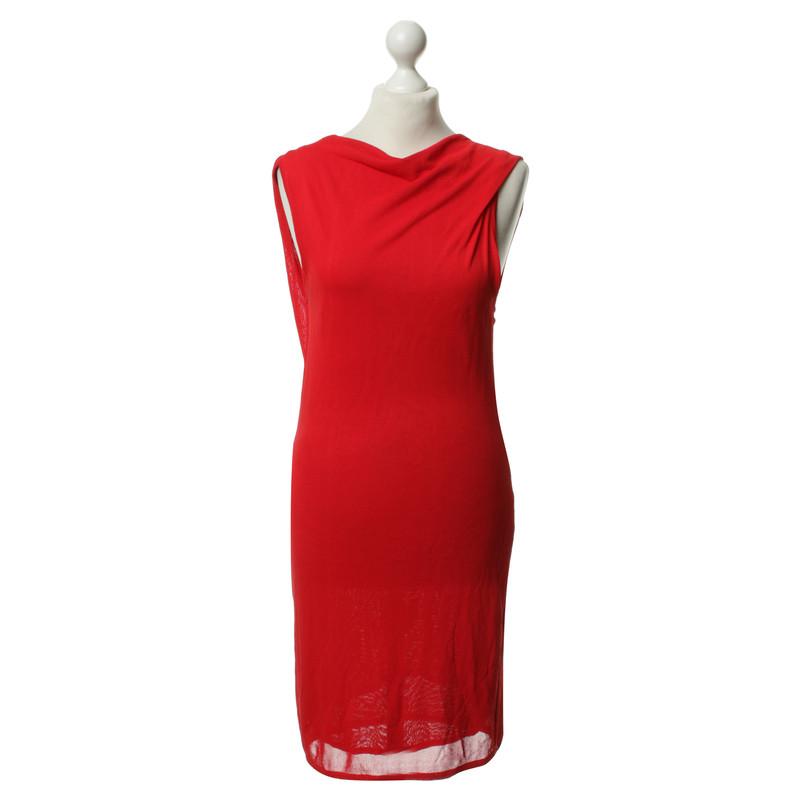 versace rotes kleid second hand versace rotes kleid gebraucht kaufen f r 179 00 1784978. Black Bedroom Furniture Sets. Home Design Ideas