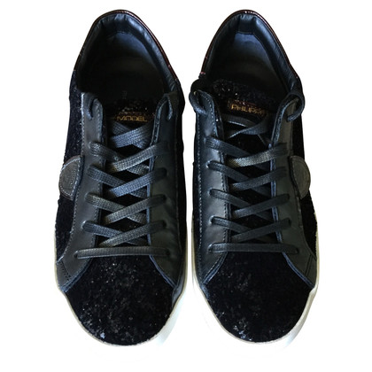 Philippe Model Sneakers in black
