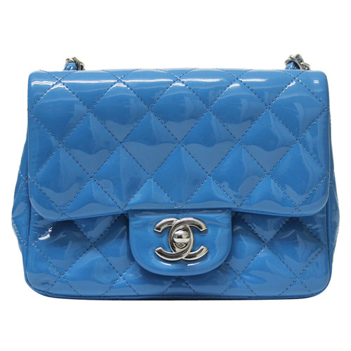 Chanel Clutch Bag Leather in Turquoise - Second Hand Chanel Clutch ... fa7be65372911